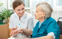 Abusi verso gli anziani