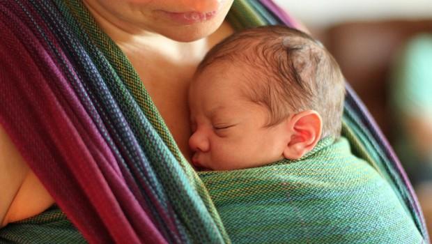 Babywearing: la fascia per bambini