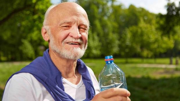 Rischi della disidratazione nell'anziano